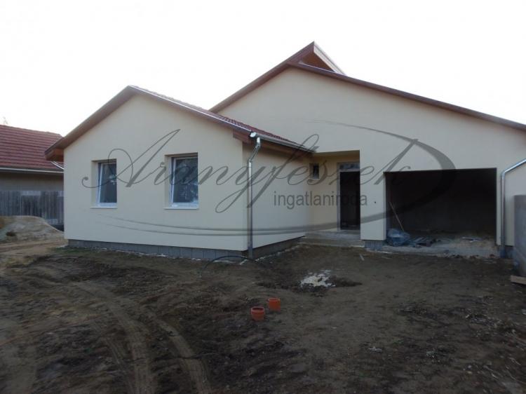 Eladó Nyíregyháza